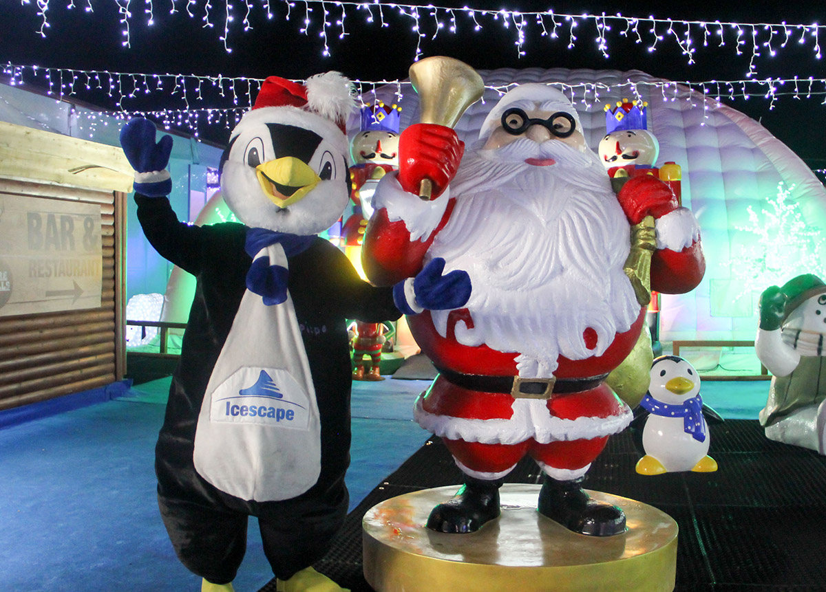 Pippen & Santa at Icescape @ The Tropicana
